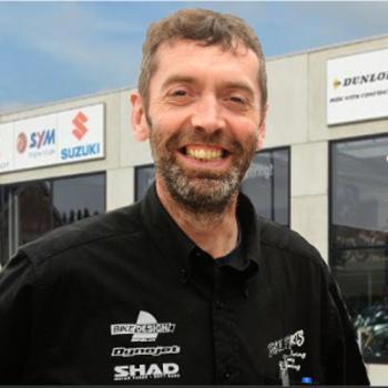 Invoerder en verdeler van Shad bagagesystemen, motoren, scooters en bromfietsen van Suzuki, Sym, Peugeot, Mash en Derbi
