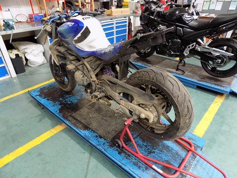 depannage motorfiets start niet batterij valpartij crash