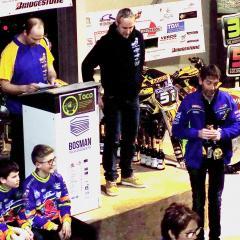 Persvoorstelling van het Durmevrienden Crossteam bij Bike Parts