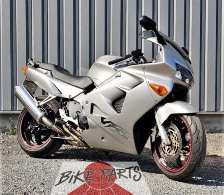 Tweedehands Honda VFR800 bouwjaar 1998 in originele staat te koop voor slechts 2890,- met 1 jaar garantie